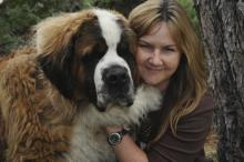 Jenny Kachnic and her Saint Bernard
